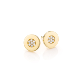 Gouden oorstekers met diamanten