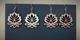 houten oorbellen lotusbloem