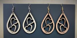 houten oorbellen druppel met hartjes