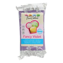 Funcakes | Fondant fancy violet