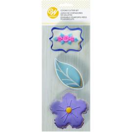 Wilton   Cookie cutters Floral (set/3)