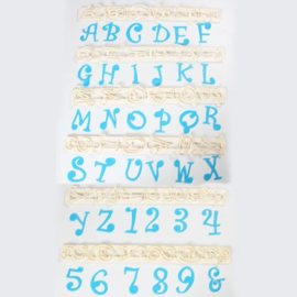 FMM | Funky alphabet & numbers set (4 cm)