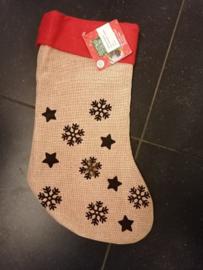 Kerstsok Sneeuwvlokken versieren mbv wol en naaldvilten