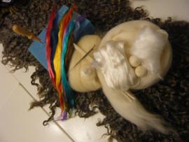 Engel wikkelen wittinten met kleuraccenten met viltmateriaal per pakket