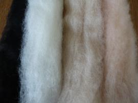 Corriedale zwart / wit / huidskleur / beige (100 gram)