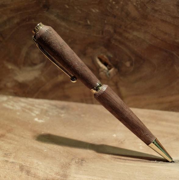 Walnoten pen - Barthwoodworks.nl