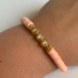 Armband katsuki met naam zalm roze