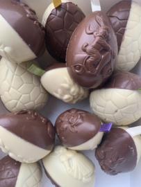 Chocolade Eieren Melk-Wit met Lint en Parels