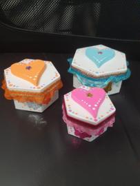 3 Kartonnen doosjes pimpen