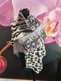 Warme sjaal met panter en zebra print grijs zwart