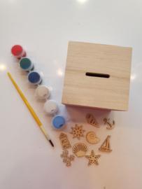 Houten spaarpot pimpen houten figuurtjes strand