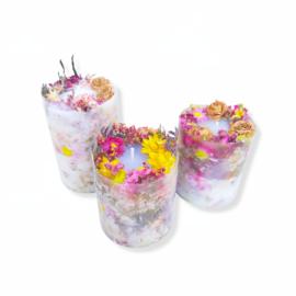 Decoratie kaarsen set met droogbloemen