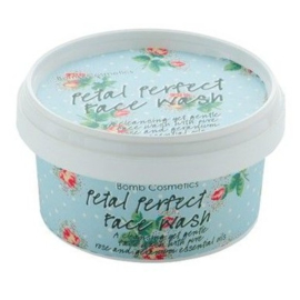Face wash - Petal perfect - Bomb cosmetics