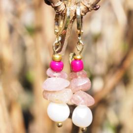Oorhangers goud CHIPSTONE - Beige roze