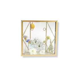 Droogbloemen in gouden lijst - Nuri Blauw