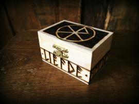 Kistje Bindrune Liefde