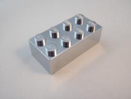 Brick 2 x 4