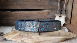 Zwart Sparckle lichtblauwe steen 4cm