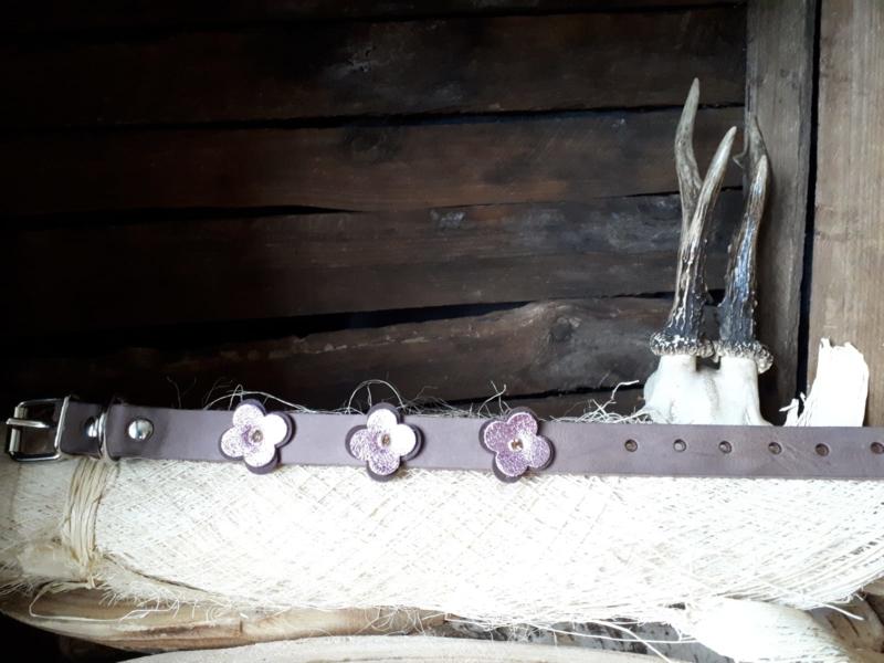 Bruin suede dubbele bloem roze/bruin