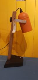 Staande lamp oranje | LJ Maakt