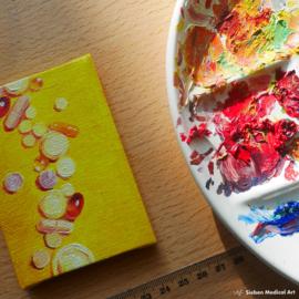 Tiny olieverf schildering 'Medicatie stilleven 2' olieverf op doek, 7x10 cm