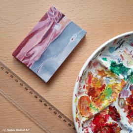 Mini olieverf schildering 'the party dress', olie op doek, 7x10 cm