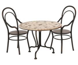 Maileg - Eettafel & twee stoelen