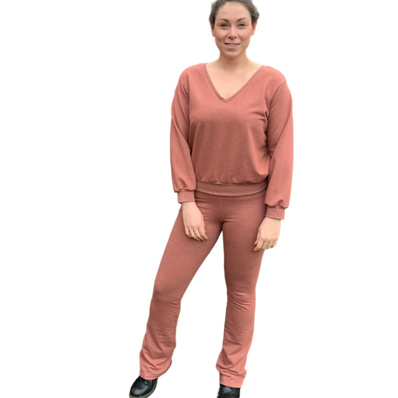 flared oud roze French Terry