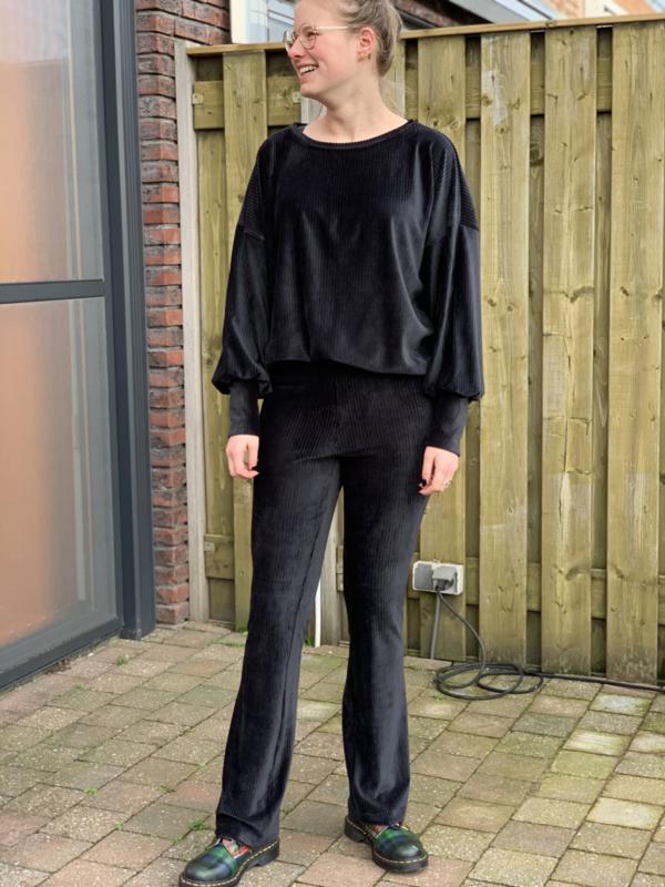 Velvet rib zwart flared + trui set