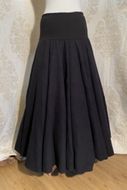 Extra wide skirt with stars