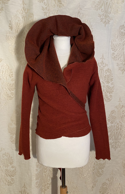 Short wrap top with hoodie in sturdy wool bric