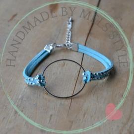 Suede koord armband licht blauw