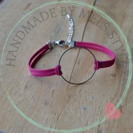 Suede koord armband donker roze