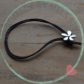 Lederen armband met bloem