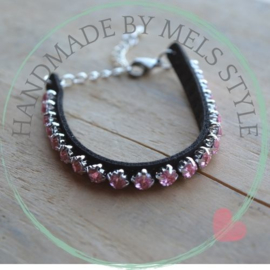 Strass borduurarmband licht roze