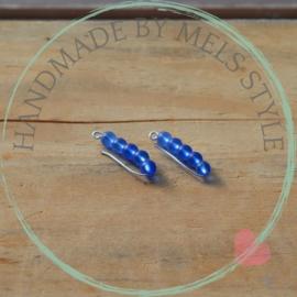 Oorbellen wire en blauw glaskralen