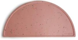 Siliconen placemat Mushie Roze Confetti