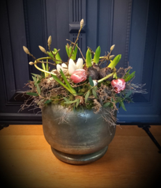 Voorjaars pot roze