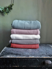 Knitted deken roest