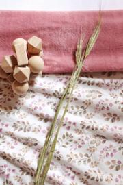 Deken Calming leaves roze