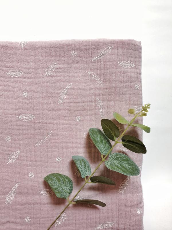 Hydrofiel doek sweet feather licht roze