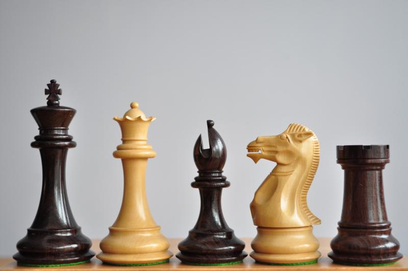 Ultimate Rosewood schaakstukken