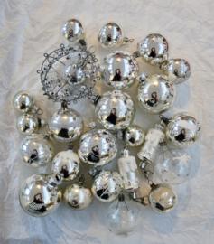 Oude kerstballen antieke kerstslinger gablonzer kerstman set 2