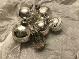 Antieke oude kerstballen set zilver