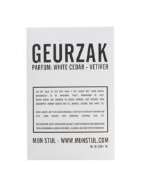 Geurzak White Cedar & Vetiver