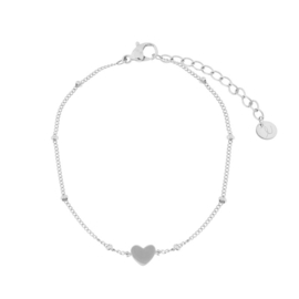 Armband closed heart zilver (WEB)
