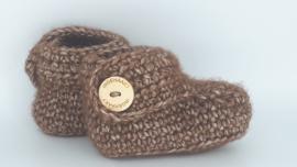 Gehaakte baby boots bruin
