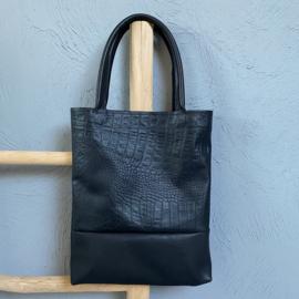 Throw it in the bag - zwart leer met print