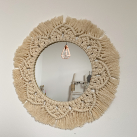 Mirror mirror on the wall - Sand