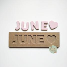 Naampuzzel 0-5 letters. Bijv. 'June - zacht roze'